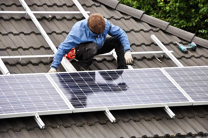 Installing-a-Solar-Energy-Power-System-for-Your-Home.jpg